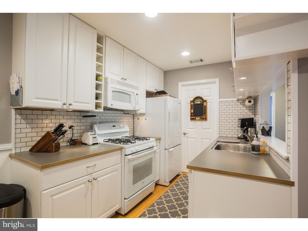 Admirable 416 Hickory Ct Lansdale Pa 19446 Interior Design Ideas Apansoteloinfo