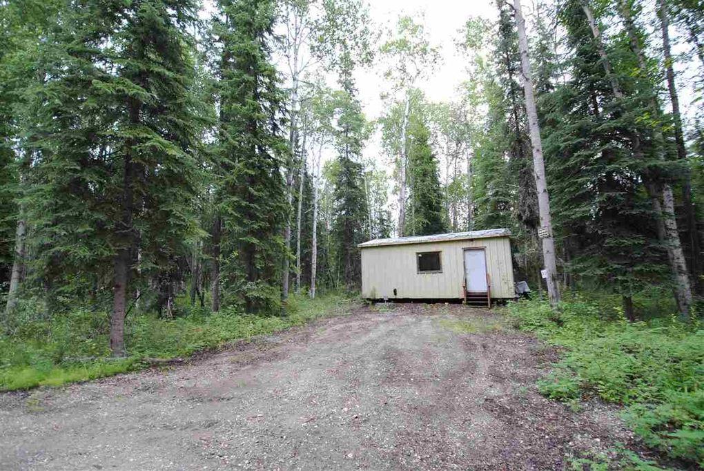 3855 Lyle Ave, North Pole, AK 99705