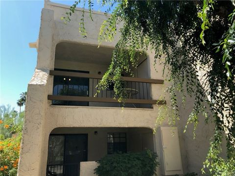 5300 E Waverly Dr Apt B14, Palm Springs, CA 92264