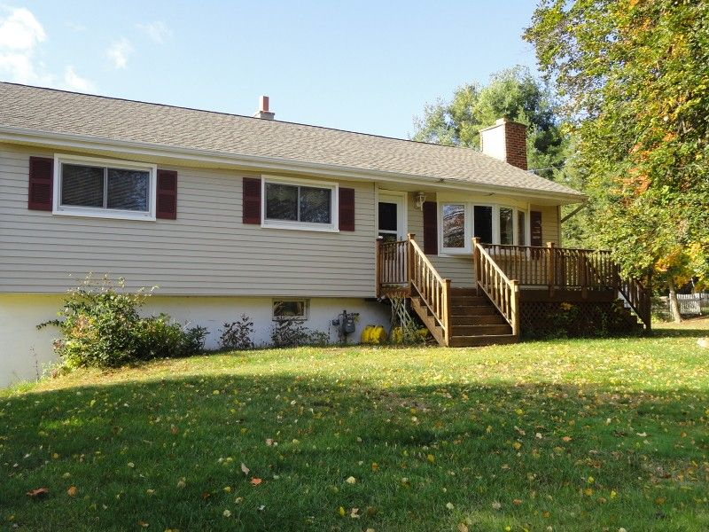 166 Chamberlain Rd Jefferson Township, NJ 07438