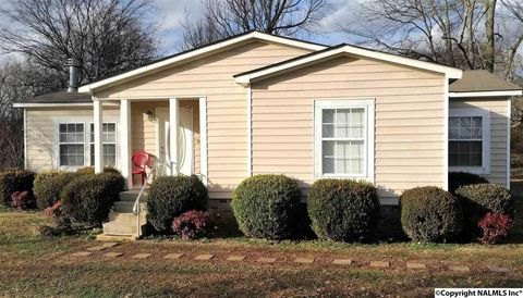 20051 Huntsville Brownsferry Rd, Tanner, AL 35671