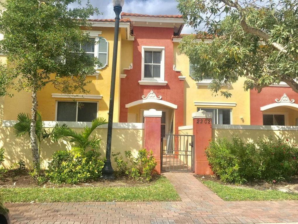 2905 Hidden Hills Rd Apt 2202, West Palm Beach, FL 33411
