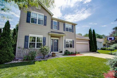 Photo of 1451 St Albert The Great Dr, Sun Prairie, WI 53590