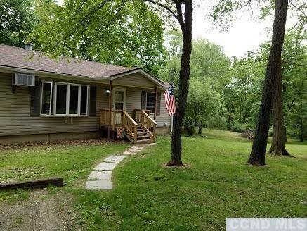 16 Pond Hill Rd, Craryville, NY 12521