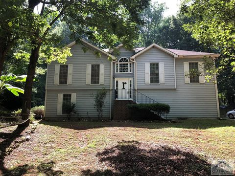 Photo of 1381 Calls Creek Cir, Watkinsville, GA 30677