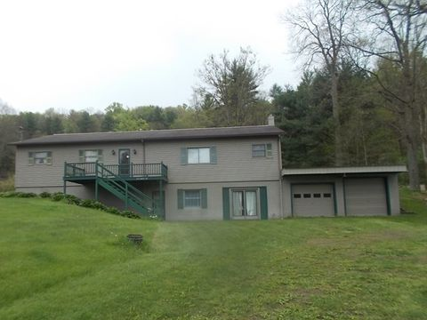 1724 Maple Rd, New Bethlehem, PA 16242