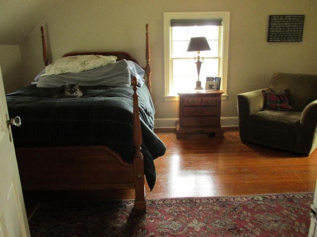 Studio Apartment Queensbury Ny 31 garrison rd, queensbury, ny 12804 - realtor®