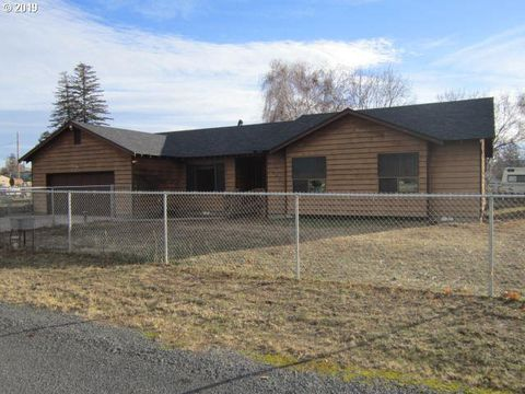 Photo of 536 W Elm St, Union, OR 97883