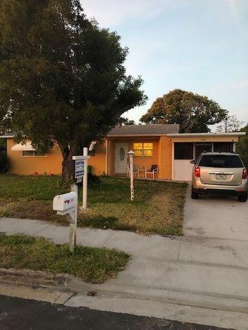 Photo of 1602 16th Ave N, Lake Worth, FL 33460