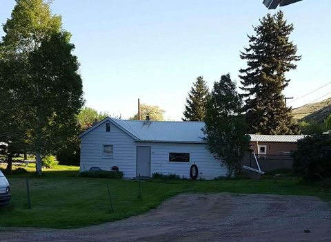 627 Lewis St, Belt, MT 59412