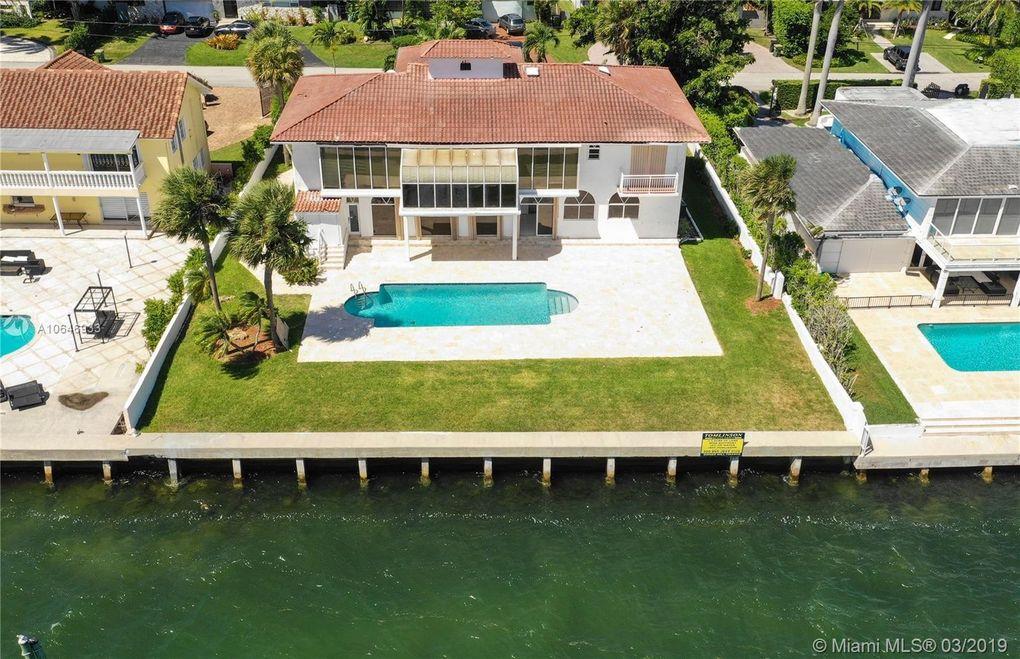 11420 N Bayshore Dr North Miami, FL 33181