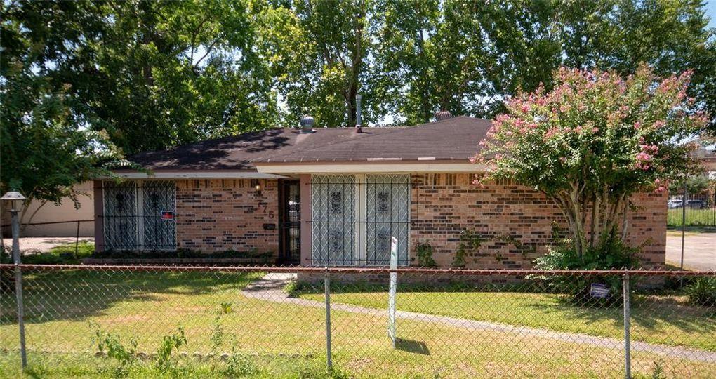 775 Lucky St Houston, TX 77088