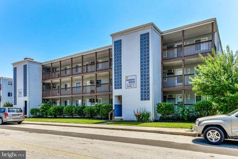 Photo of 423 Robin Dr Unit C305, Ocean City, MD 21842