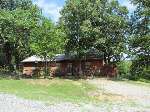 Photo of 30 Persimmon Ln, Canadian, OK 74425