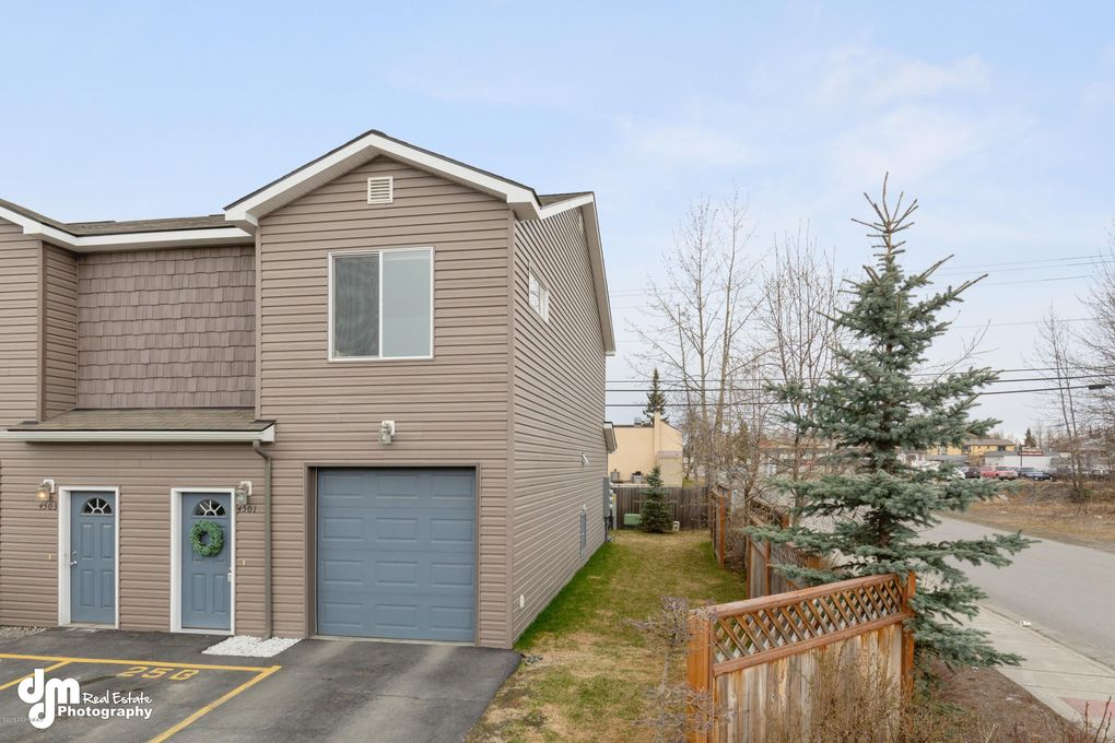 4501 Campbell Park Loop Unit 25, Anchorage, AK 99507