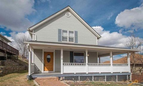 Photo of 1218 Fulton St, Rapid City, SD 57701