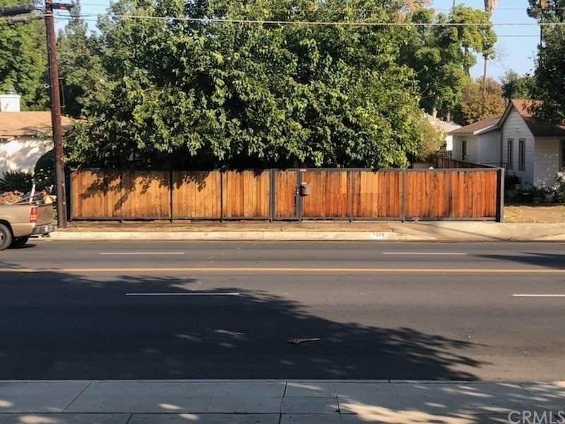 7310 Lindley Ave, Reseda, CA 91335
