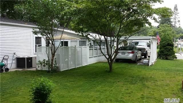 1661 Old Country Rd Unit 328, Riverhead, NY 11901