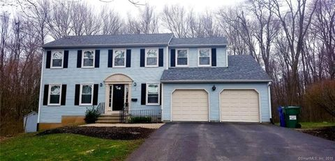 Photo of 2 Croydon Dr, Bloomfield, CT 06002