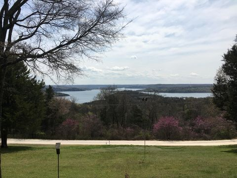Photo of 78 Hillview Ln, Branson West, MO 65737