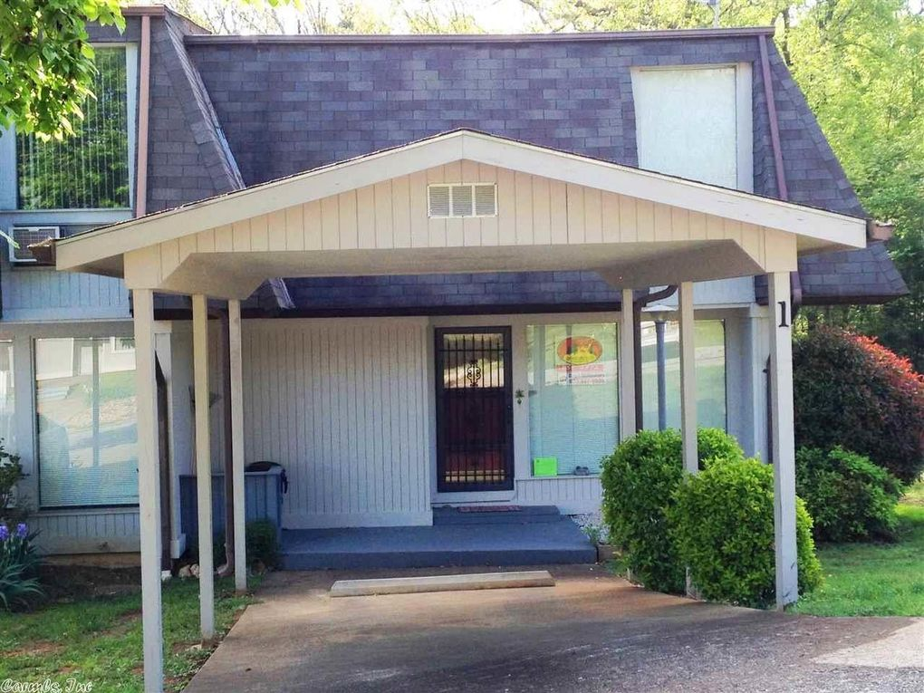 1 Annette Dr, Cherokee Village, AR 72529