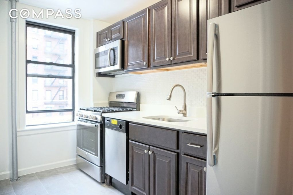34 32 91st St Unit E23, Queens, NY 11372