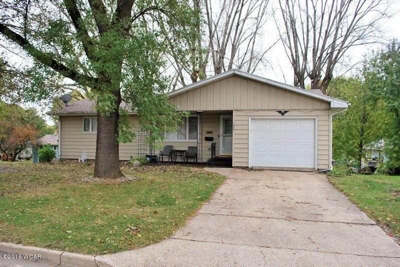 1429 Lucia Ave, Fairmont, MN 56031