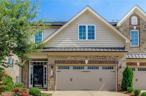 721 Piedmont Crossing Dr, High Point, NC 27265