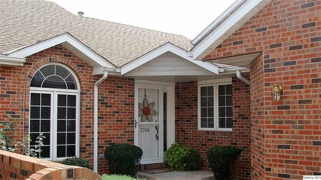 2706 kings pointe ne quincy il 62305 home for sale