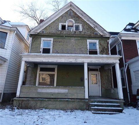 525 Maplewood Ave, Ambridge, PA 15003
