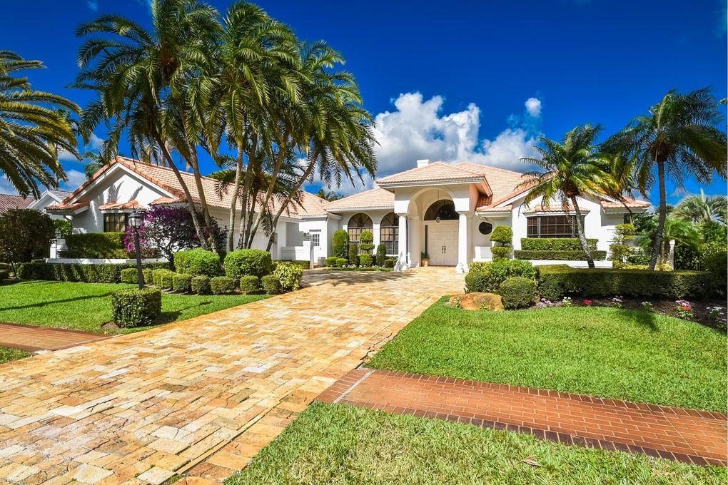 17192 Northway Cir, Boca Raton, FL 33496
