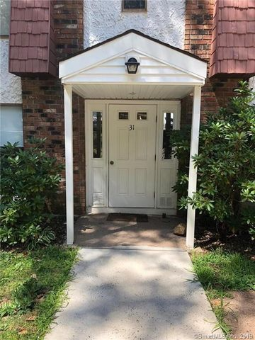 Photo of 31 Woodsedge Dr Apt 3 C, Newington, CT 06111