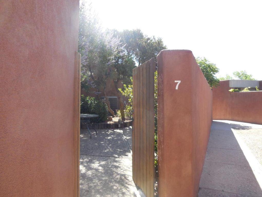 7 Tennis Ct Nw, Albuquerque, NM 87120