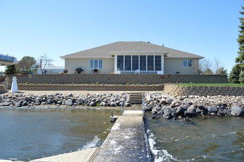 306 S Shore Dr, Mina, SD 57451