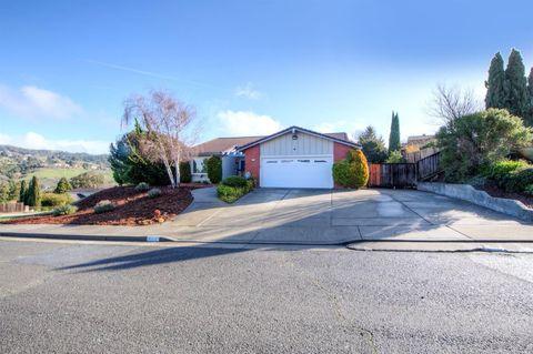2216 Bristlecone Dr, Richmond, CA 94803