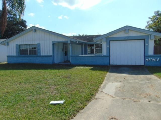 4050 Claremont Dr, New Port Richey, FL 34652