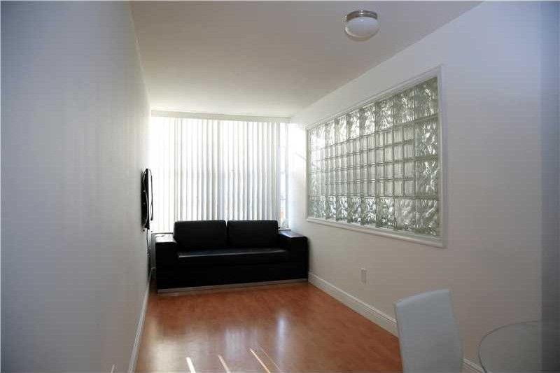 2899 Collins Ave Apt 602, Miami Beach, FL 33140