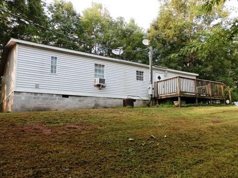 Photo of 559 Wiggins Rd, Tellico Plains, TN 37385
