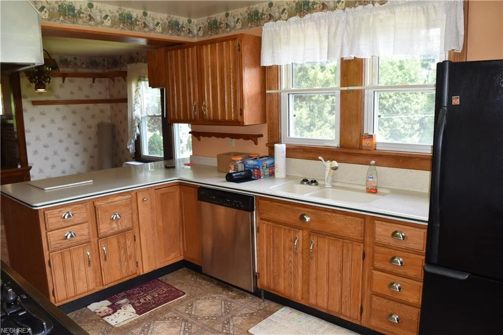 53511 Key Bellaire Rd, Bellaire, OH 43906