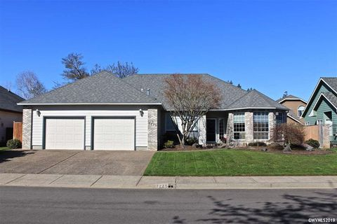 Photo of 7225 Laurelridge Loop Ne, Keizer, OR 97303