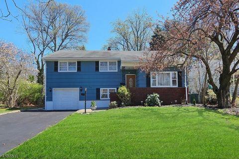 Photo of 413 Walnut Ave, Cranford, NJ 07016