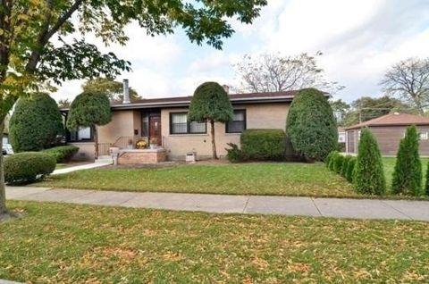 3870 Dobson St, Skokie, IL 60076
