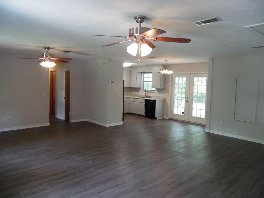 4207 Carnwath Rd, Tallahassee, FL 32303