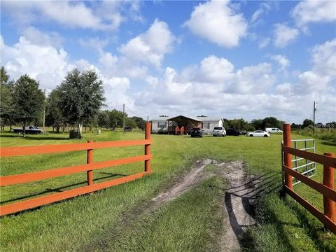 Photo of 8124 Madison Rd, Ona, FL 33865