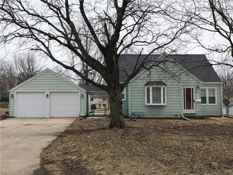 Photo of 411 Se Third St, Greenfield, IA 50849