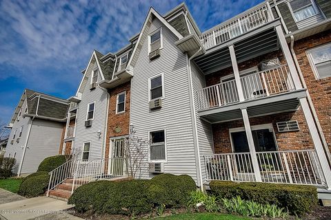 Ocean Grove, NJ Condos & Townhomes for Sale - realtor com®