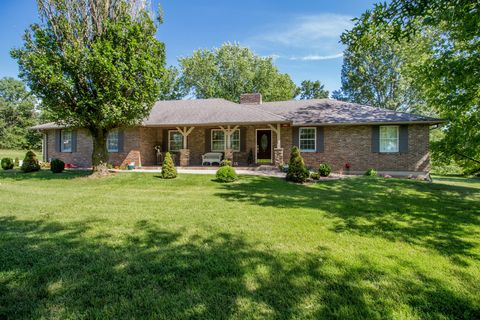8002 S Barry Rd, Columbia, MO 65201