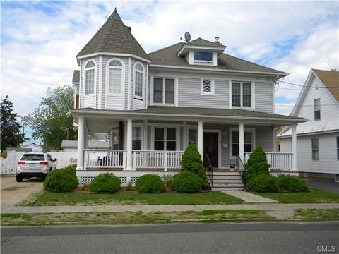 12 Anderson Ave, West Haven, CT 06516