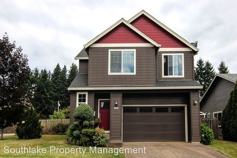 Photo of 1422 Ne 18th Pl, Canby, OR 97013