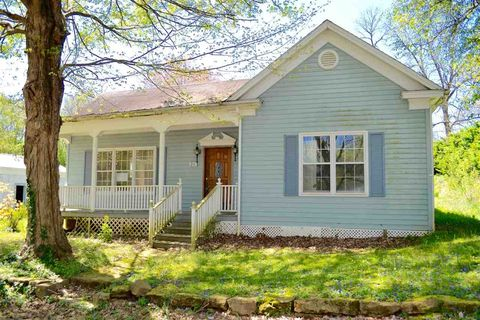 Photo of 211 Ferry St, Rochester, KY 42273